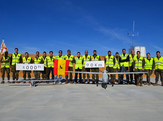 miembros-ejercito-tierra-junto-a-UAS-tucan-atlantic-proyecto-rapaz